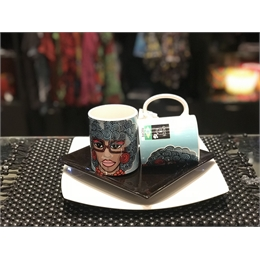 CANECA FRIDA BLACK SUMMER